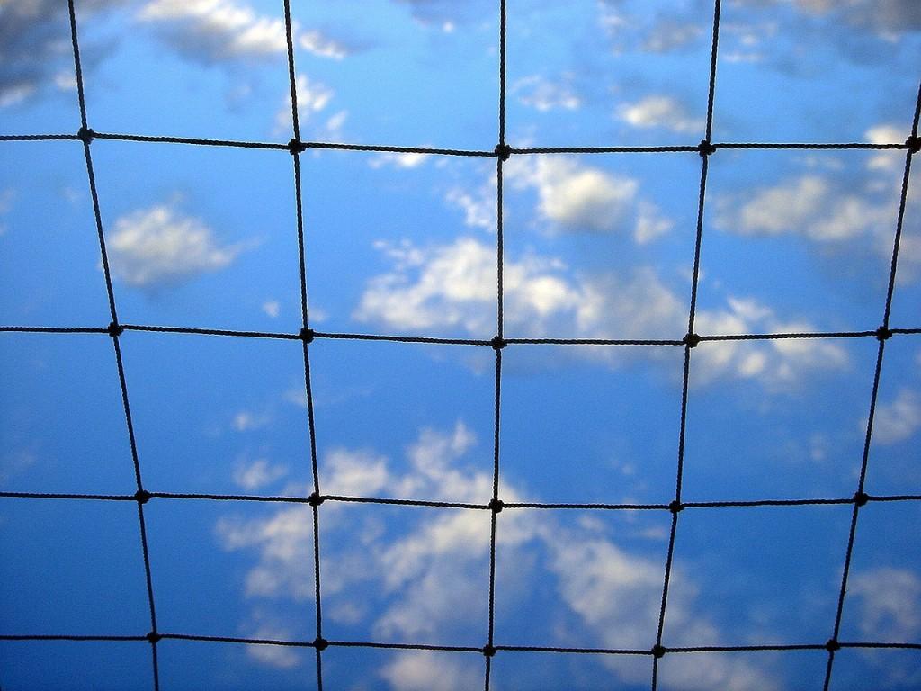 sky-353230_1280